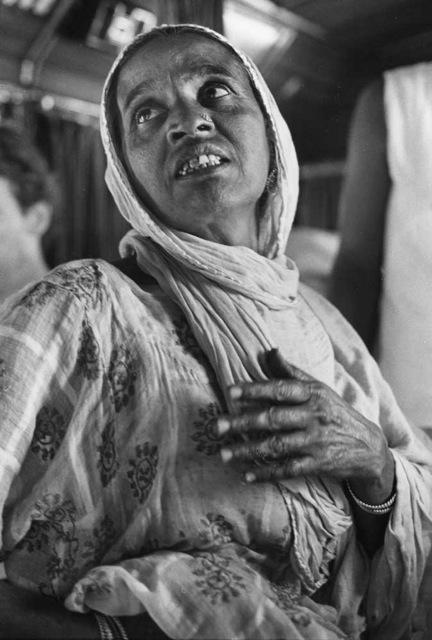 Near Ganeshpuri, Maharashtra, India, ©William Carter 1981