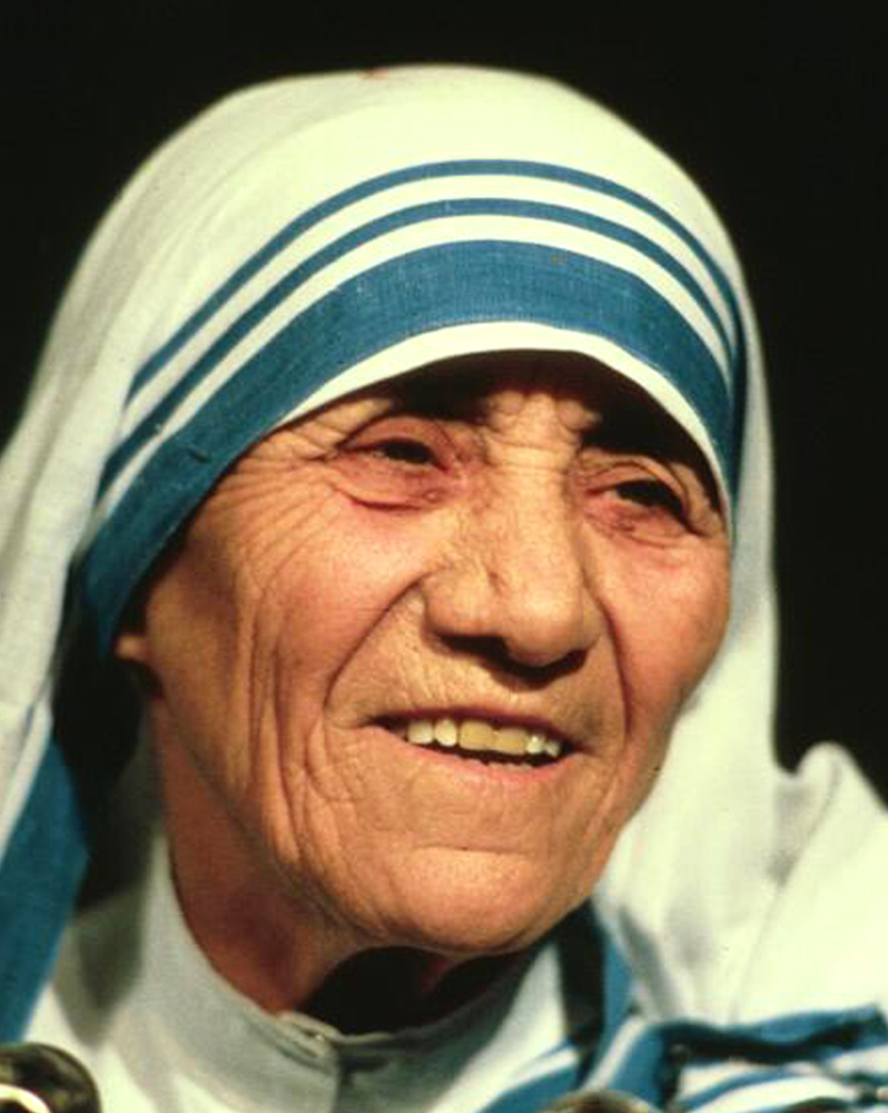 mother therasa essay Free essay: mother teresa's unconditional love the book, one heart full of love, is a combination of speeches and interviews featuring mother teresa given.