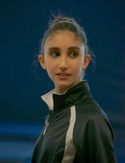 13-sisi-gymnast-3-13-447
