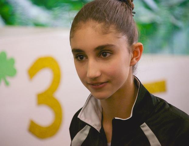 14-sisi-gymnast-3-13-471