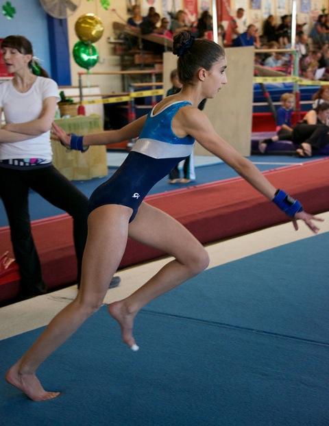 6-sisi-gymnast-3-13-282